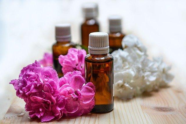 Mengintip Manfaat Serta Daftar Populer Essential Oil Untuk Wajah